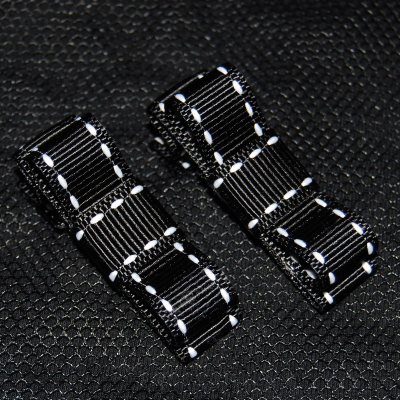 Black Stitched Chunky Clips-